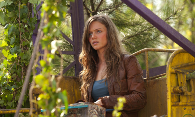 tracy-spiridakos-revolution