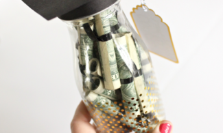 10 Ways to Celebrate Your Favorite Graduate